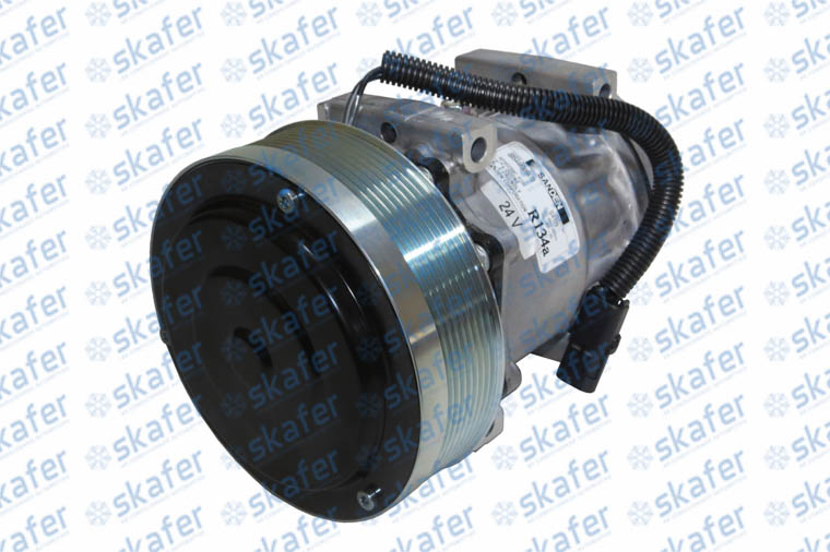 COMPRESSOR CASE NEW HOLLAND PÁ CARREGADEIRA W130 621D 86983968 504080930 SANDEN